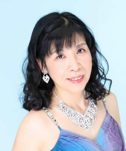歌手:吉野真紀子